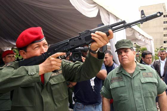 Chávez lleva a Venezuela al colapso
